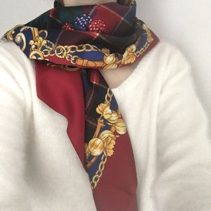 Vintage Plaid Berry Square Scarf